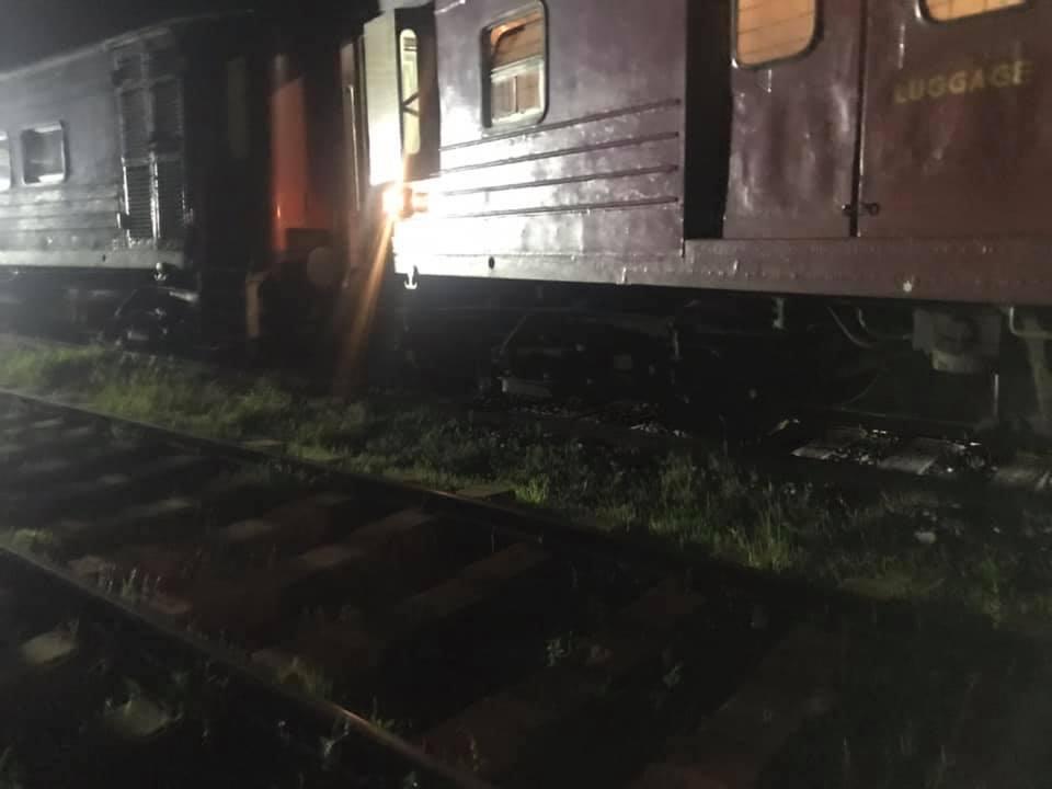 jaffna-night-mail-derailed-1