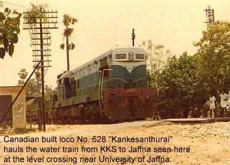 Class M2 628 hauling a water train from Kankasanthurei to Jaffna